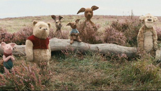 christopher_robin_still_7